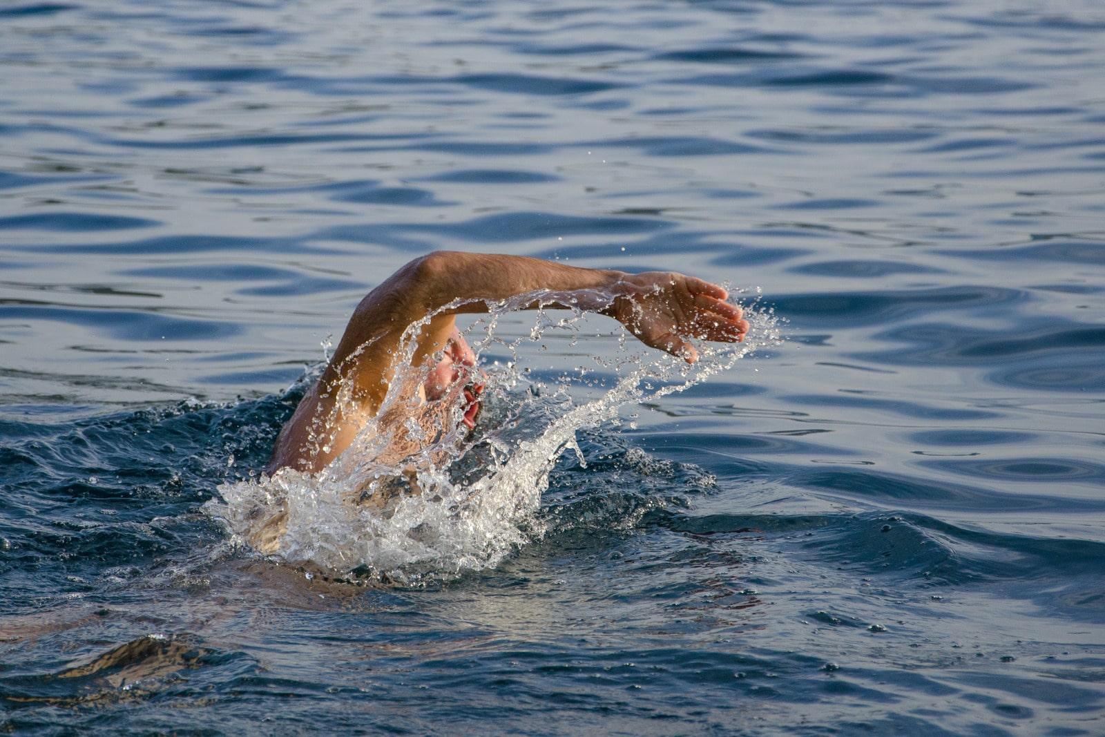 Triathlon : pourquoi et comment garder le cap en confinement ?